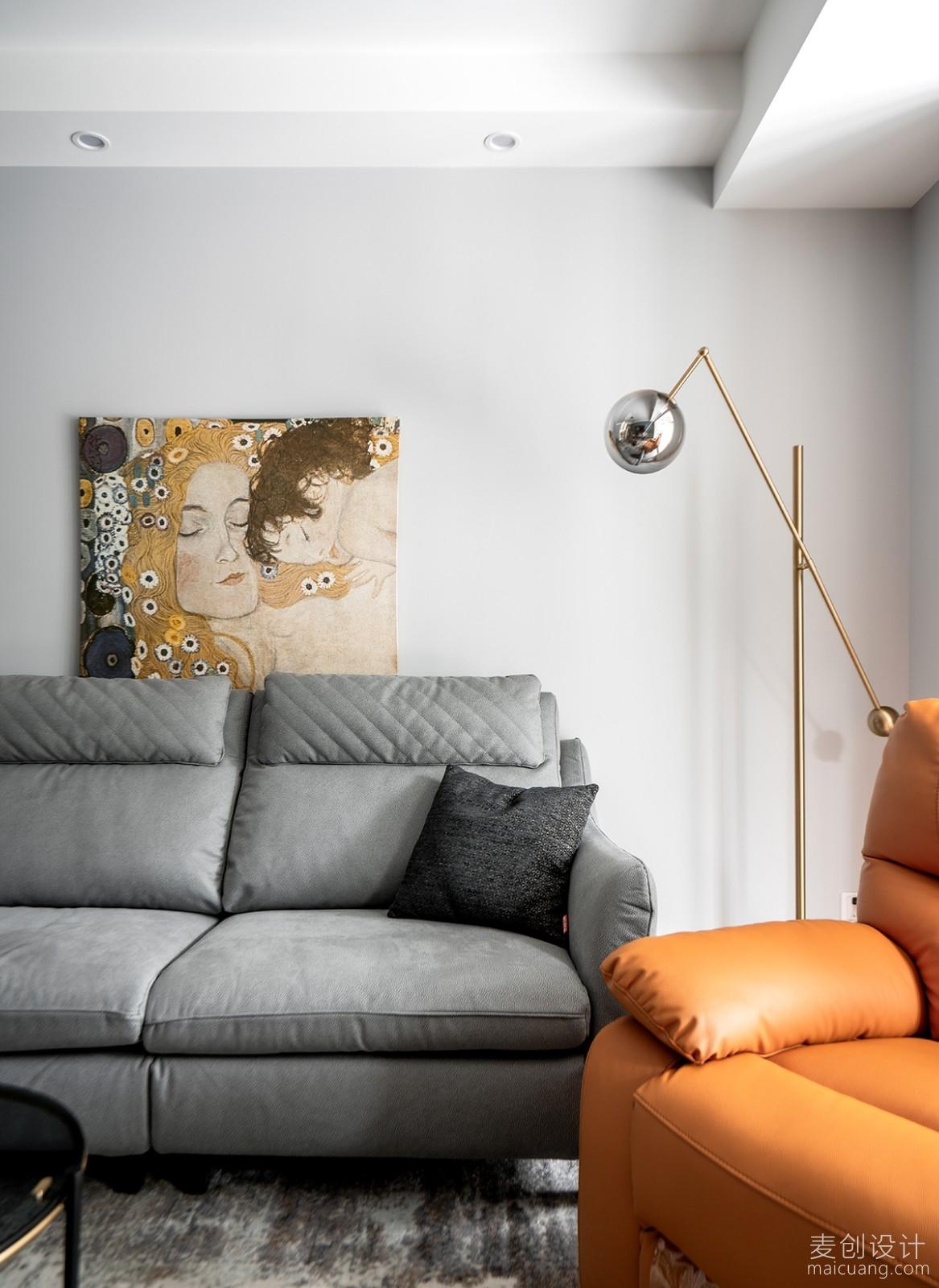 家庭装修方案图橘黄色沙发细节